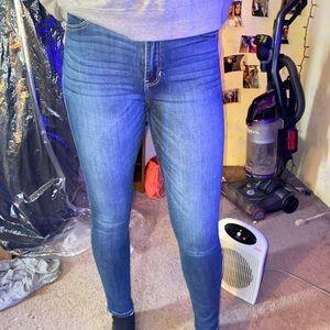 Hollister Jeans Size 7 Regular